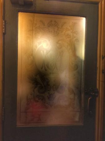 Waggon & Horses door
