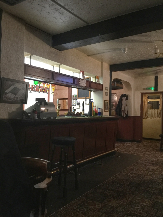The Glasscutters bar