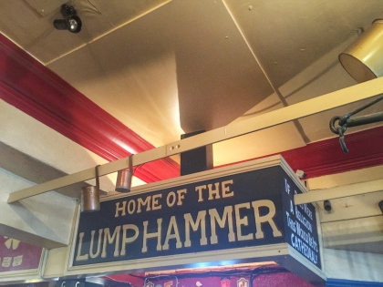 Lumphammer sign